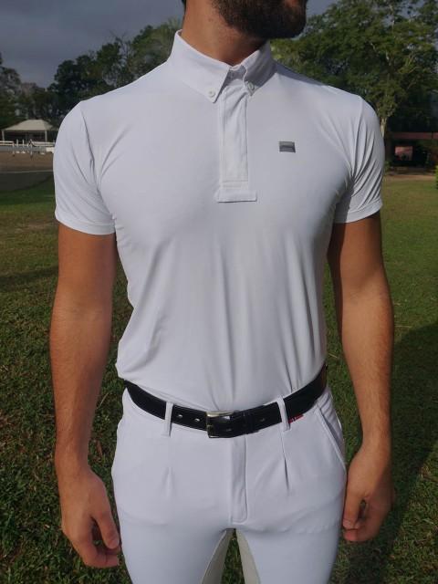 Camisa de prova masc branca frente no corpo