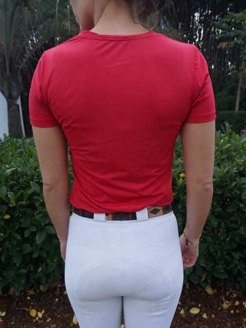 camiseta fem cereja costas corpo