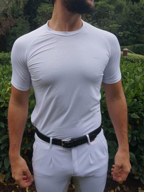 camiseta masc branca frente corpo