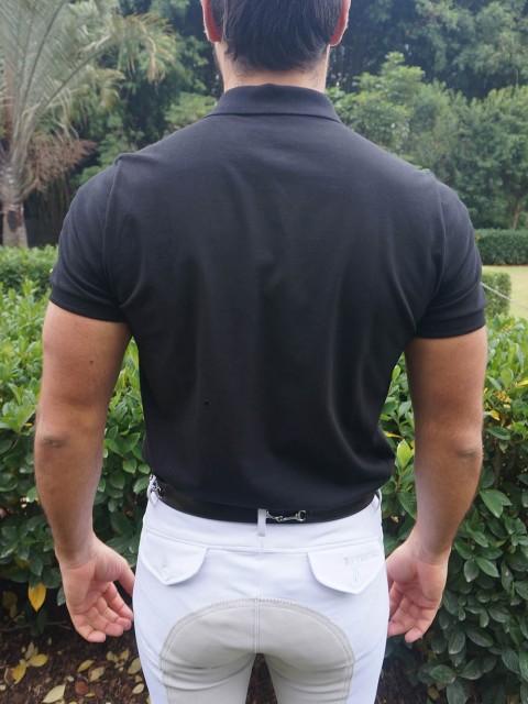 polo masc preta costas corpo